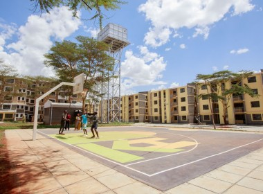 5.Riverview-Piccadilly-Square-baskeball-court